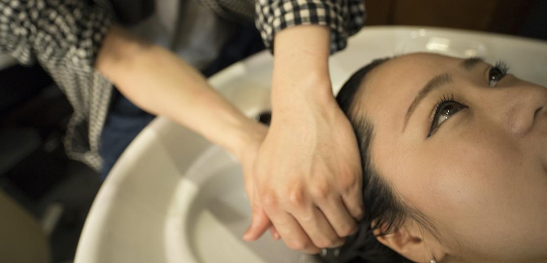 頭皮の健康を促すケアメニュー